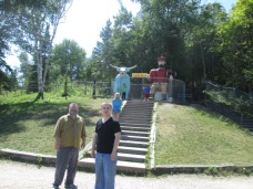 Afterwards we had our picture taken near Paul Bunyan and Babe the Blue Ox.