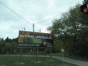 Sign advertising free autumn chairlift rides!