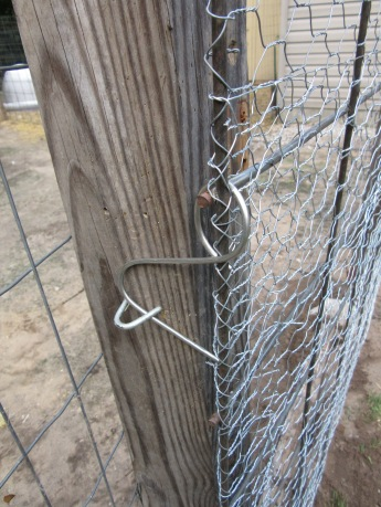 The staple and wire latch.